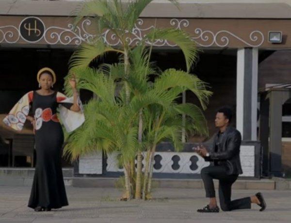 Hamisu Breaker - Yan Arewa Ft Momee Gombe